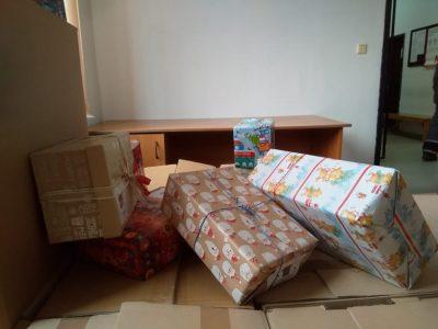 """360 кутии с подаръци ще получат децата от три детски градини в община """"Родопи"""""""