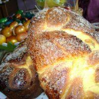 Кметът Павел Михайлов зарадва 160 пенсионери с подарък за Великден