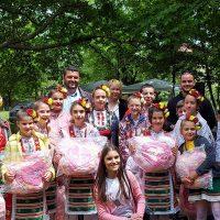 Над 150 килограма риба за празника си раздадоха в селата Първенец и Браниполе