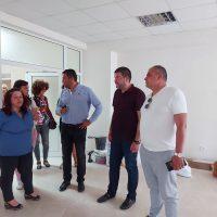Местят децата от детската градина в Браниполе в новите помещения до месец, кметът Павел Михайлов и заместник-кметът Владимир Маринов инспектираха ремонта