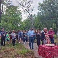 """Първа копка на фитнес на открито в село Марково, посрещнаха и изпратиха ръководството на Община """"Родопи"""" с аплодисменти"""