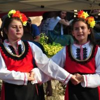 """Празник  на """"Свети  дух"""" и събор в селата Марково и Дедово, всяка година на празника се прави курбан"""