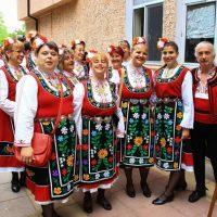 """Кметът Павел Михайлов беше гост на първия фолклорен фестивал """"Чинарова гора"""" край Белащица"""